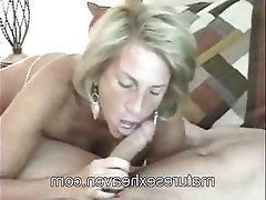 Amateur Mature Granny Swinger Threesome